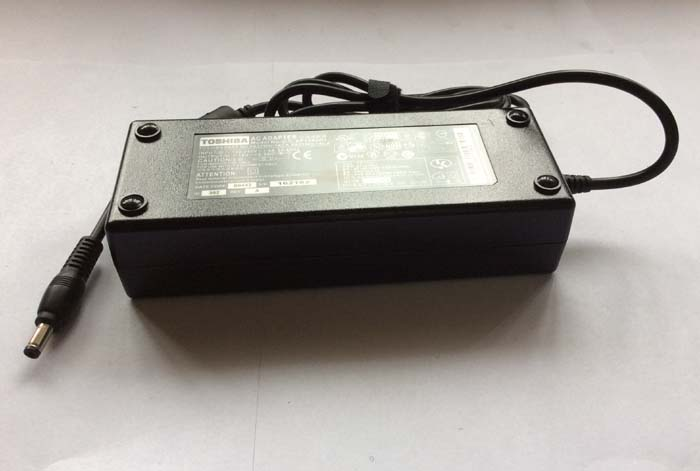Chargeur Ordinateur Portable TOSHIBA Satellite A205-S7456